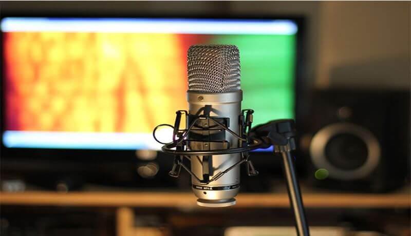 Thiết bị phòng thu âm tại nhà - Mic thu âm
